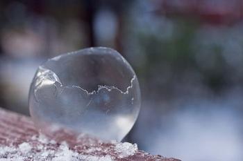 Снежные цветы из мыльных пузырей