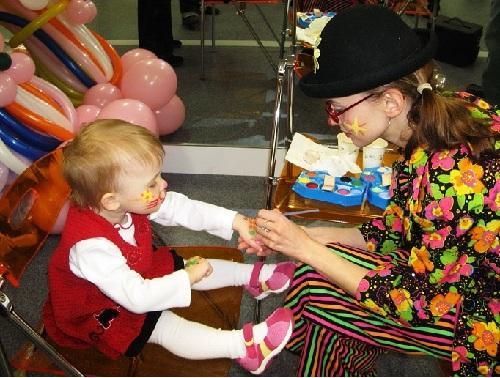 Клоун или тамада на первый день рождения