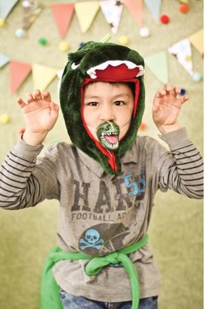 Мальчик - динозавр